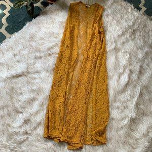 Mustard LuLaRoe Joy Lace Vest Small